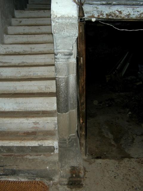 Escalera. Primer balaustre