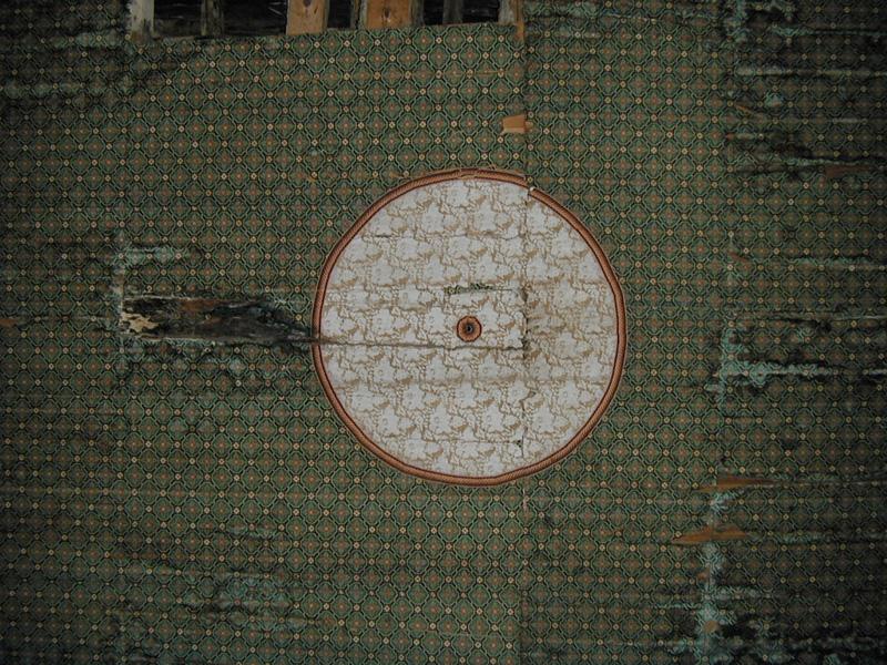 Cubierta de madera en la nave. 2001