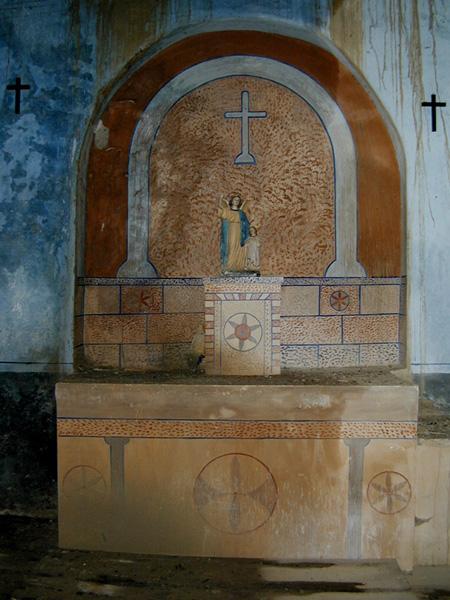 Altar en el lado del Evangelio. 2001