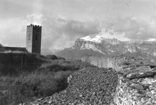 Muralla e iglesia de Santa María. 1979