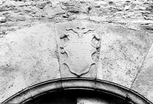 Clave de la puerta. Escudo. 1979