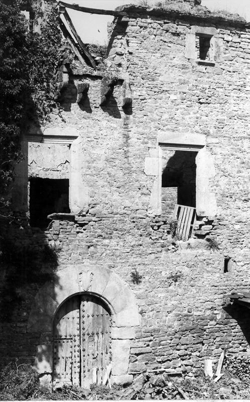 Zona central de la fachada. 1997
