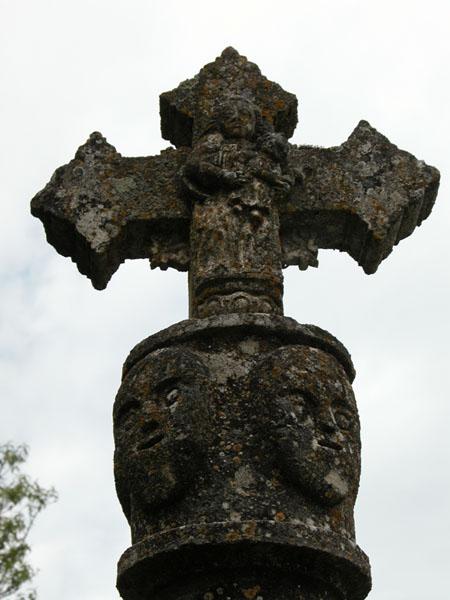 Cruz. Virgen