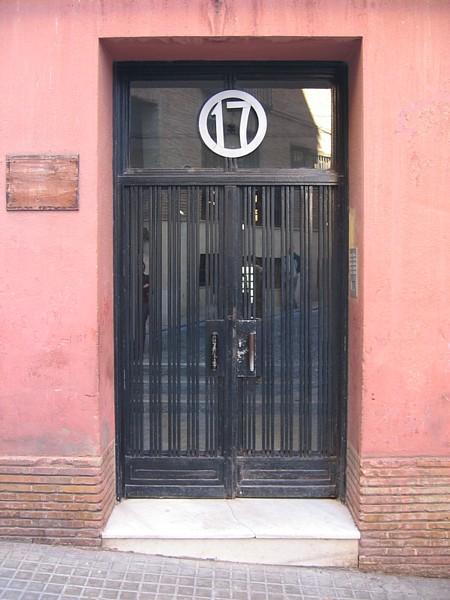 Casa San Agustín, puerta