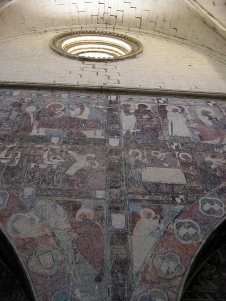 Óculo y pinturas murales. 2002