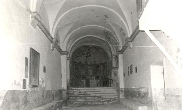 Ermita de la Virgen. Interior. 1979