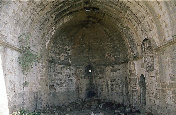 Ermita de San Miguel. Interior. 1997