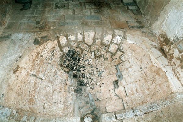 Absidiolo románico. Bóveda. 2000
