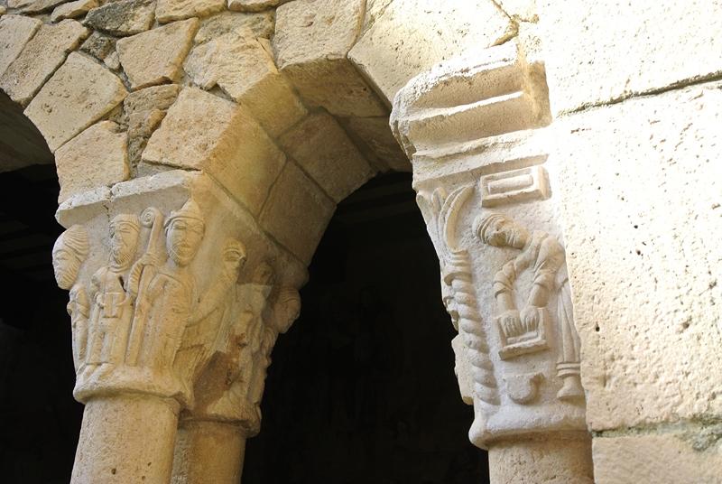 Capiteles románicos