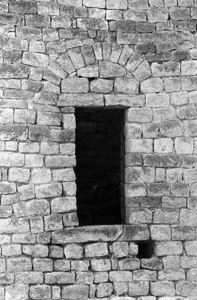 Torre albarrana. Puerta de acceso. 1997