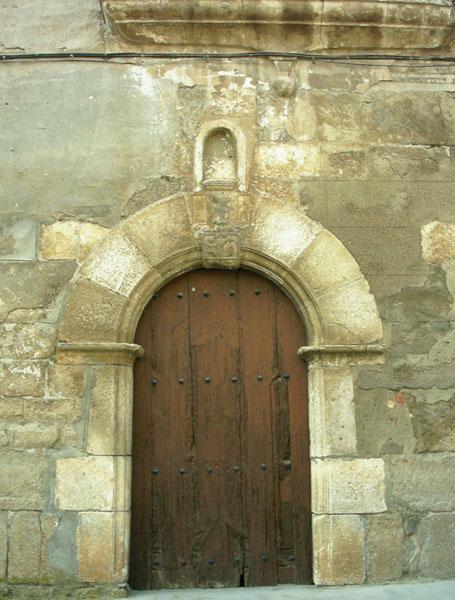 Capilla. Puerta
