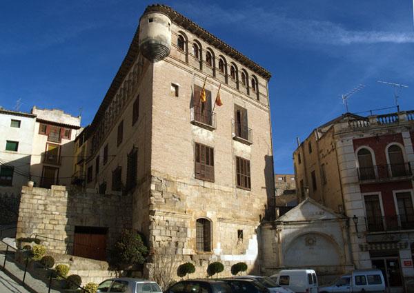 Palacio fortificado de los Gómez de Alba