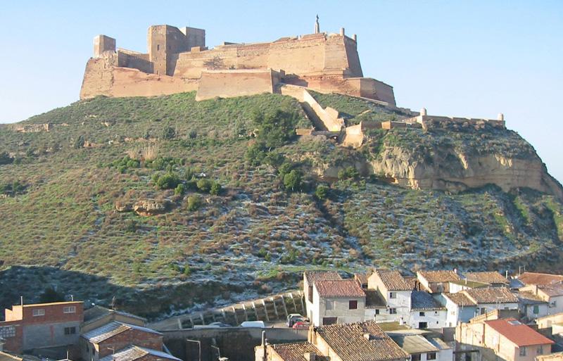 Castillo desde la población