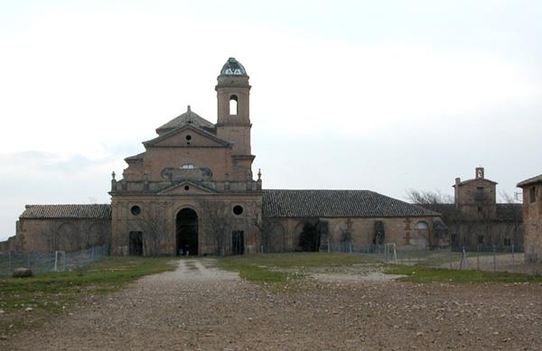 Iglesia y claustros. Exterior