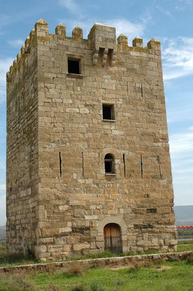 Fachada occidental de la Torre de los Frailes