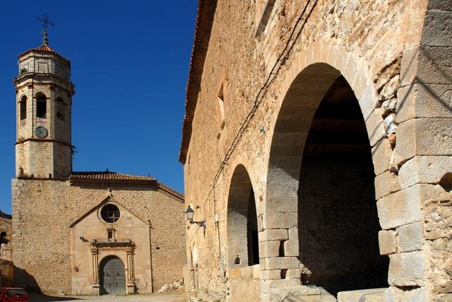 Ayuntamiento e iglesia