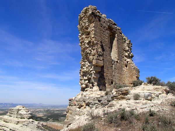 Torre en el extremo del recinto