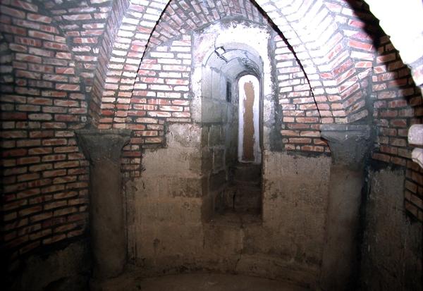 Cripta románica