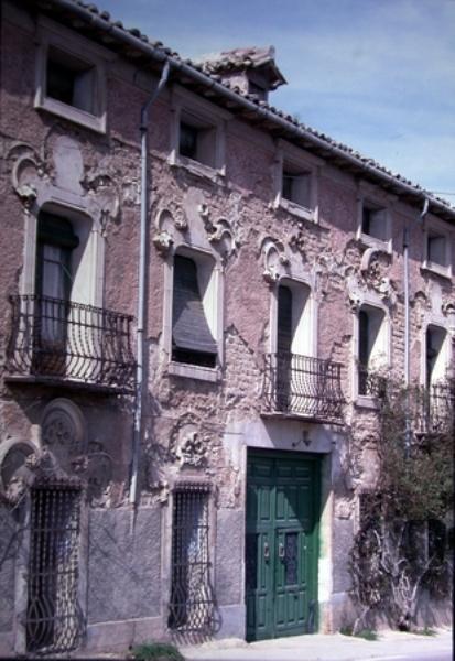 Vista parcial fachada