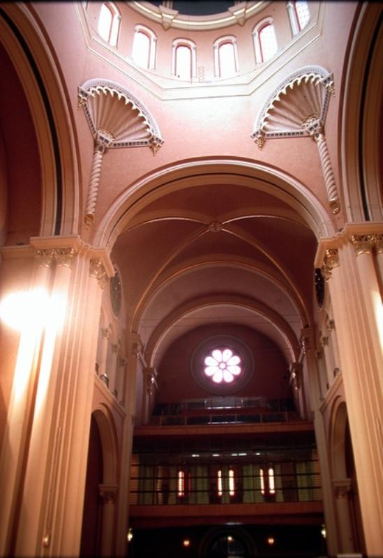 Vista interior de la iglesia
