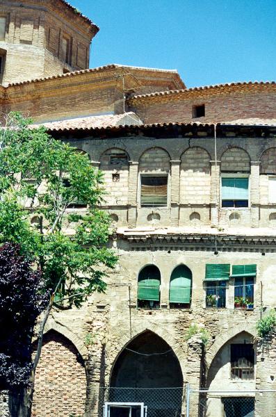 Vista parcial ruinas claustro