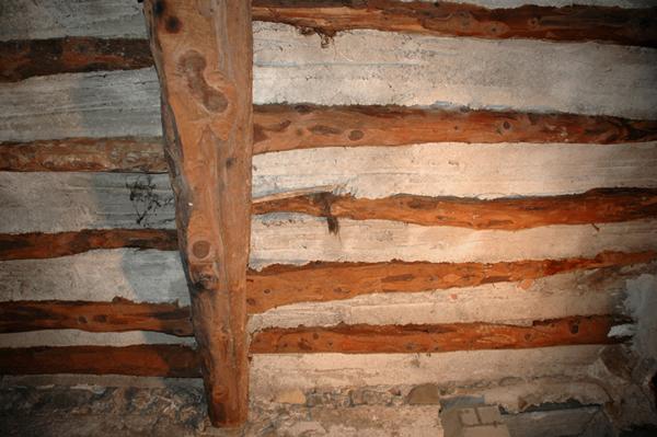 Forjado de vigas de madera y revoltón