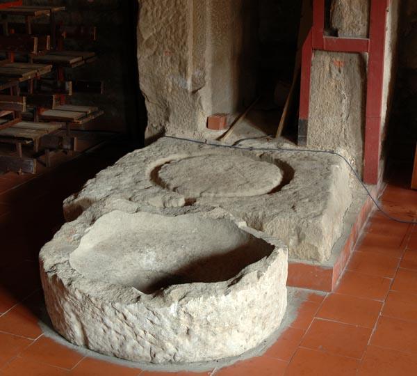 Interior. Pilas