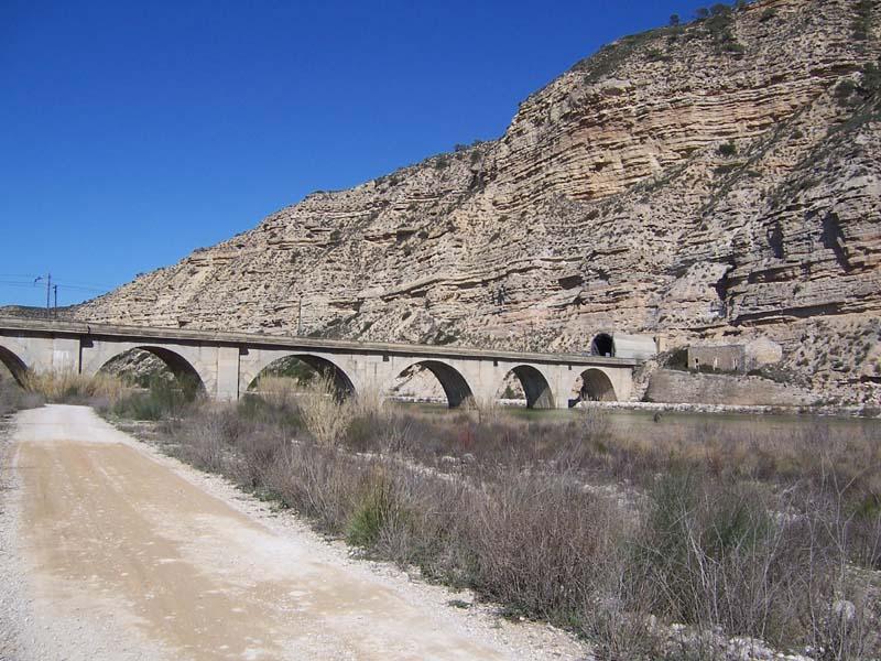 Puente de ferrocarril. General.