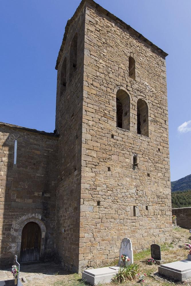 Acceso y torre