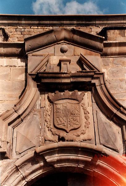 Portada de la iglesia. Detalle. 2001