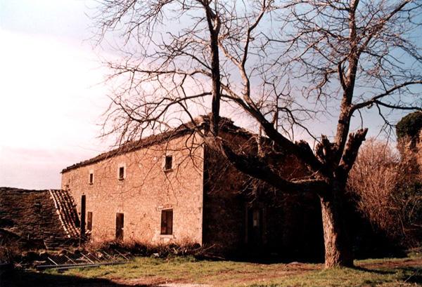 Hospedería. 2001