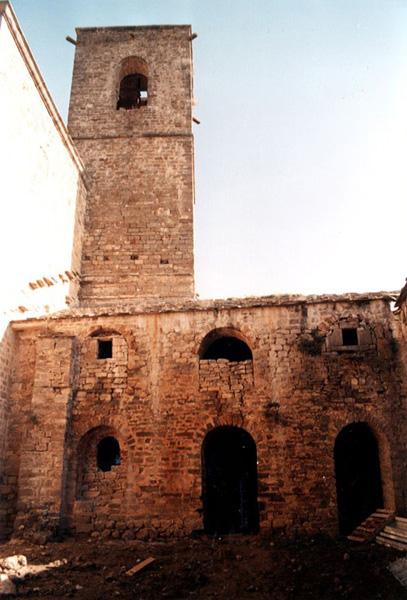 Claustro y torre. 2001