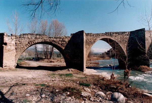 Orilla derecha. Arcos 3 y 4. 2001
