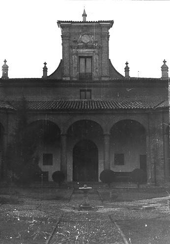 Patio. 1979