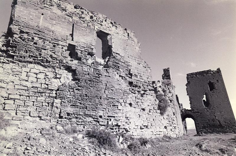 Muralla y torre. Sur. 1997