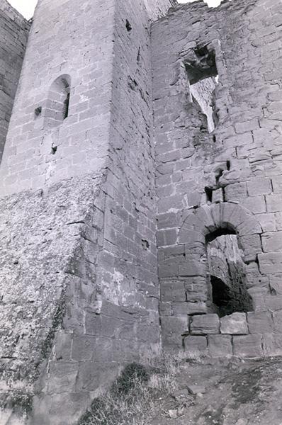 Muralla y torre. Norte. 1997