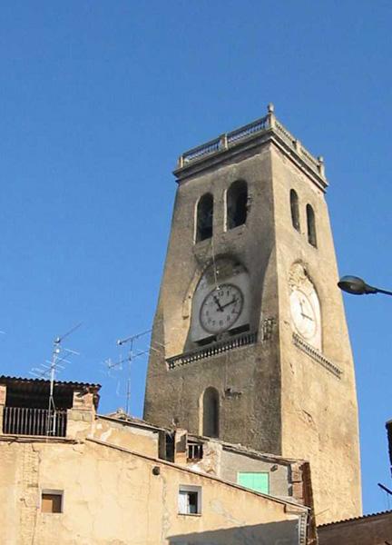 Torre. 2003