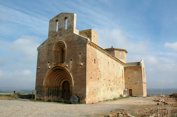 Exterior iglesia de Santa María