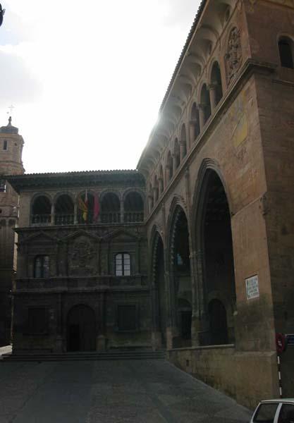 Lonja y ayuntamiento