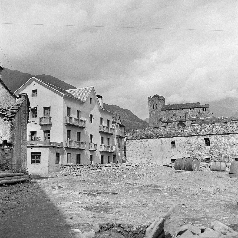 Broto reconstruido. Marqués del Villar (1940). Fototeca de la Diputación de Huesca
