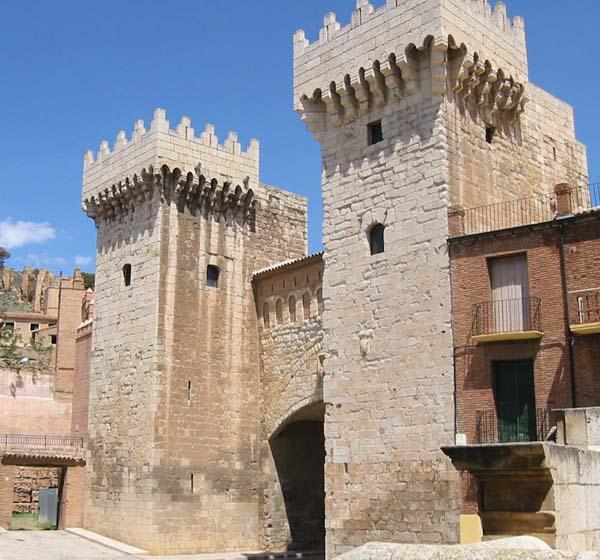 La Puerta Baja de Daroca, reinterpretada por Manuel Lorente