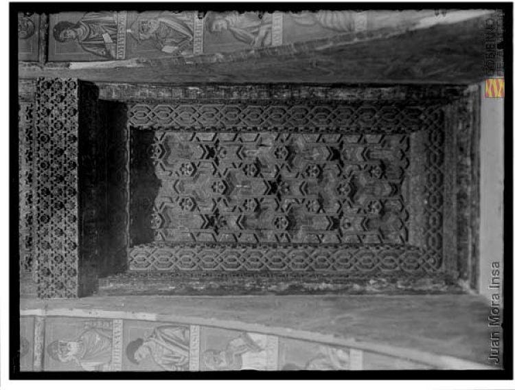 Artesonado mudéjar desaparecido en la sala capitular del monasterio de Sijena. Juan Mora Insa (1905-1936). AHPZ