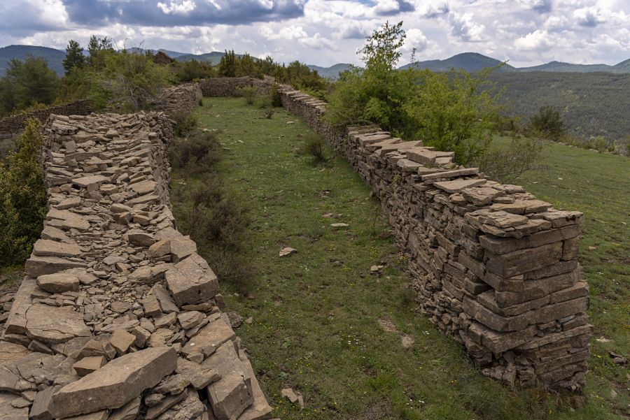 Mosal de Coroniellas en Escartín. Foto: Juan Carlos Gil Ballano