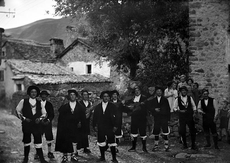 Ronda. Ricardo Compairé. Fototeca de la Diputación de Huesca