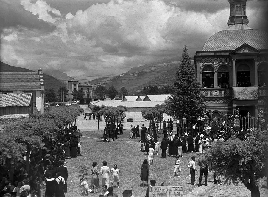 El desaparecido templete de Santa Orosia, hacia 1930. R. Compairé. Fototeca de la Diputación Provincial de Huesca