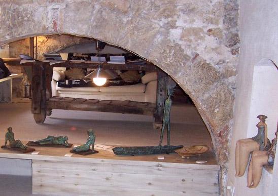 Sala de exposiciones y centro cultural en la antigua fábrica Noguera