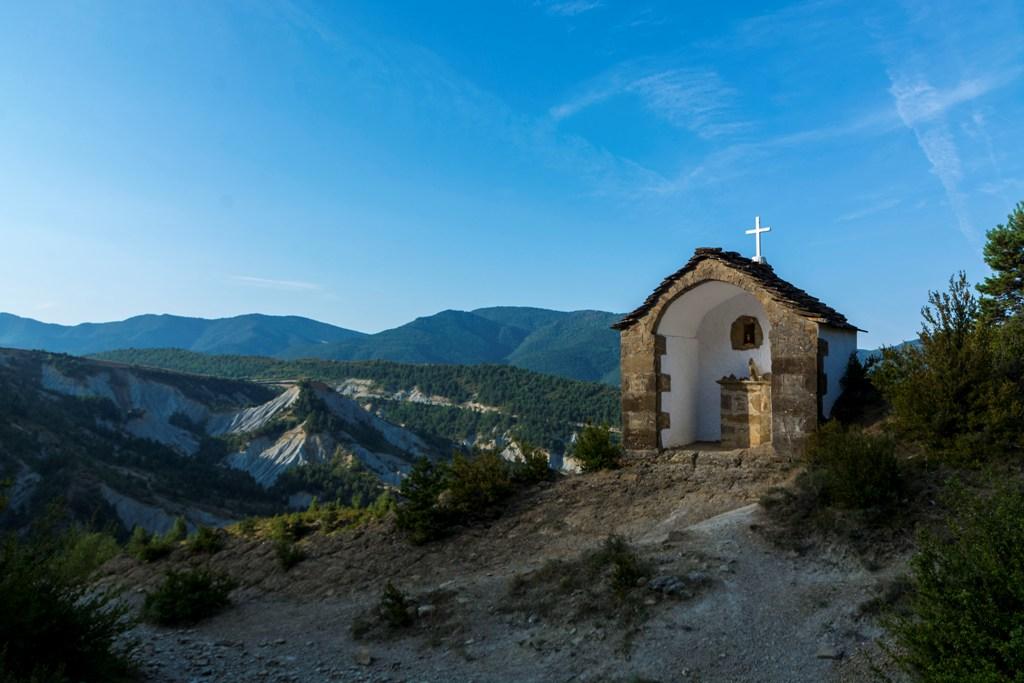 Ermita de las Escoronillas, en el itinerario hacia el puerto de Yebra. Foto: Juan Carlos Gil Ballano