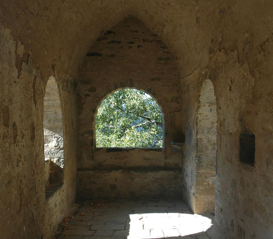 Interior del esconjuradero de Asín de Broto. Siglo XVI