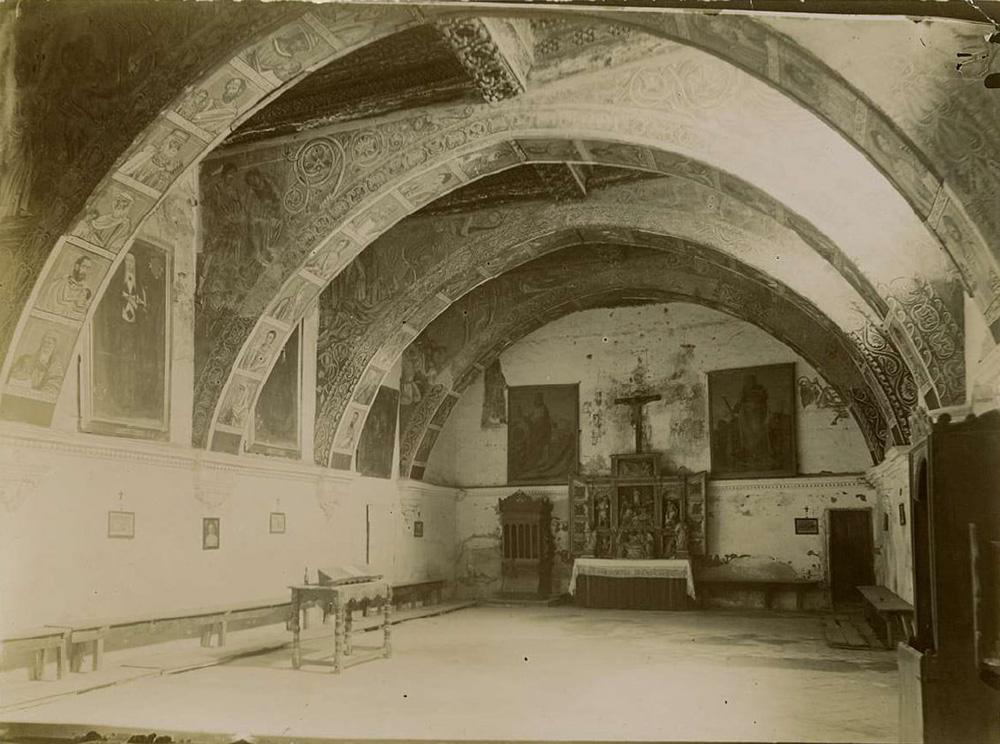 Sala capitular del monasterio de Sijena, fotografiada por Mariano de Pano hacia 1890