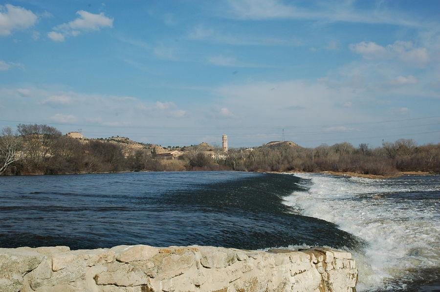 Crecida del Ebro en el azud del monasterio de Rueda